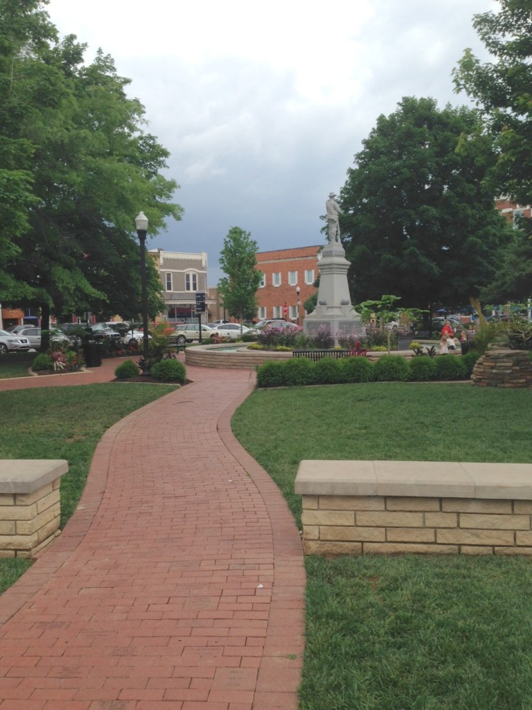Long and winding path thru the Bentonville Square