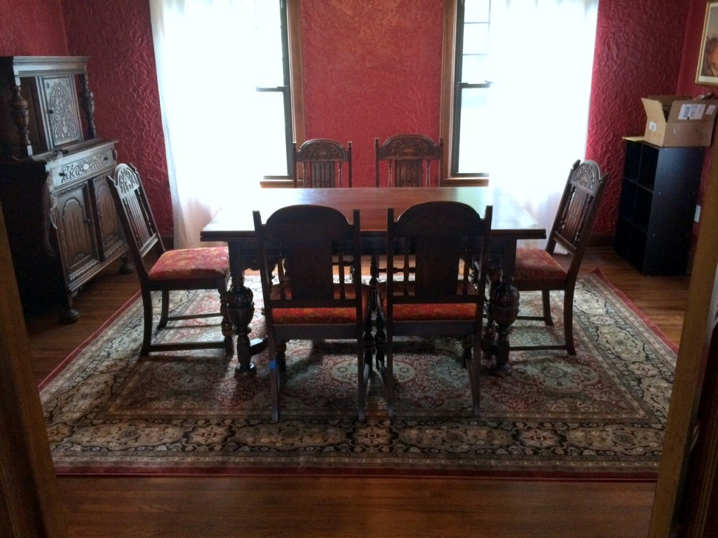 Papa's dining room furniture